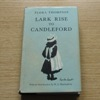 Lark Rise to Candleford (The World's Classics).